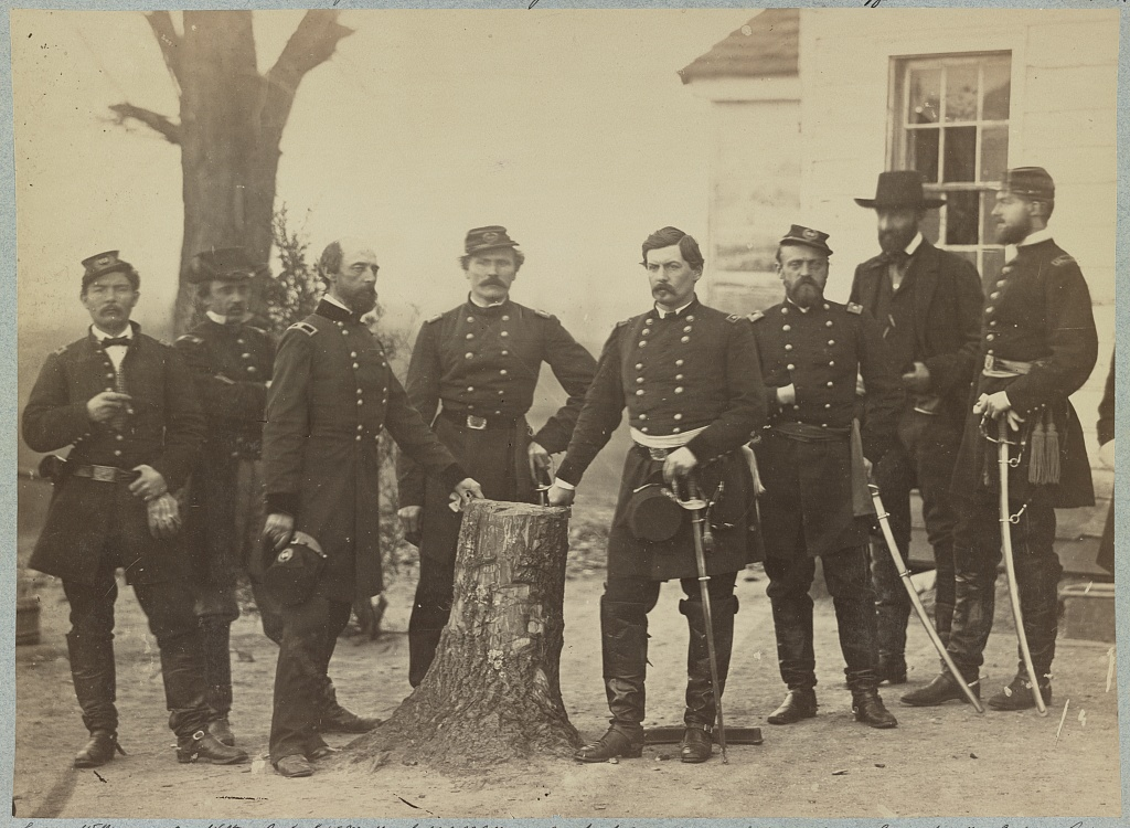 This image has an empty alt attribute; its file name is maj.-gen-mcclellan-and-staff-photographed-in-virginia-march-1862.jpg