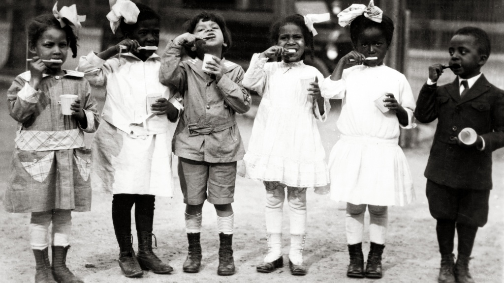 early 20th century black Washington, D.C. children