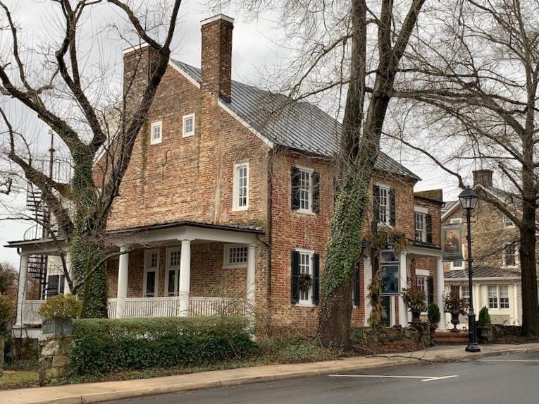 19th century home in loudoun county, virginia