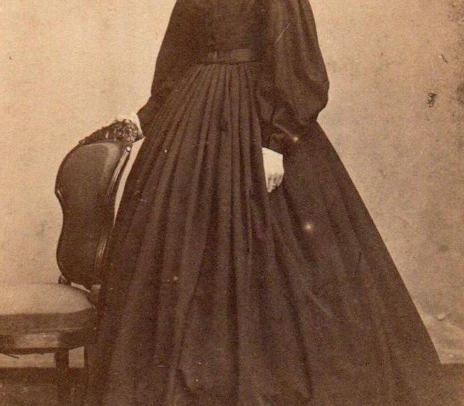 19th century quaker woman